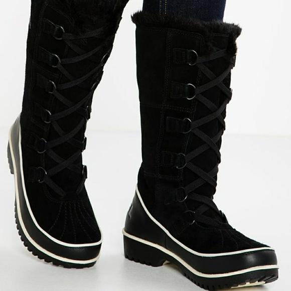 42dcb47bfe2f Sorel Tivoli II High Snow Boots - EUC! M 5a66be4ad39ca210330de013